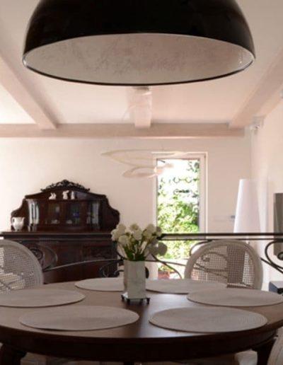 14-3 Format Design, projekt domu , projekt salonu, lampa wisząca, jadalnia, ceglana ściana, projekt oświetlenia
