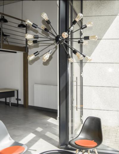 1-3-Format-Design-projekt-przestrzeni-biurowej-coworking-wejście-antresola